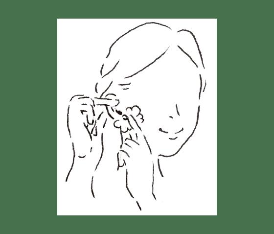 ピアスホールのケアには、「消毒」ではなく「洗浄」を。